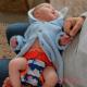 Pañal Pop in recién nacido walrus bebé cerca